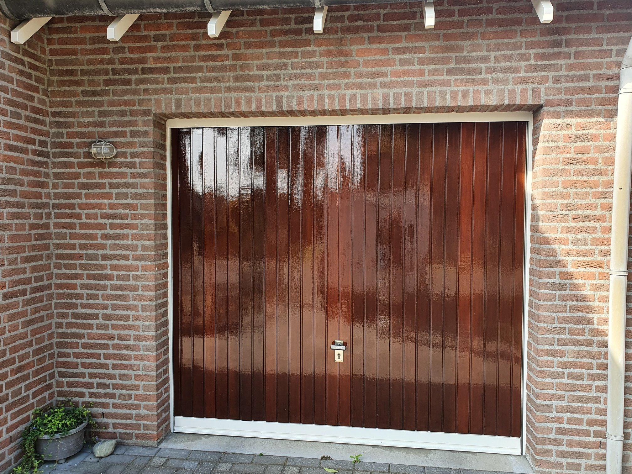 Schilderwerk garagedeur-min